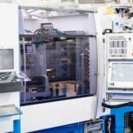 Horizontal hydraulic injection molding machine